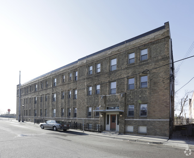 the-archdale-minneapolis-mn-building-photo